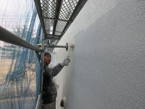 外壁工事中の写真