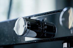 Lクラスの「Wカウンター水栓」はまるでホテルのお風呂の様な無駄のないデザイン!